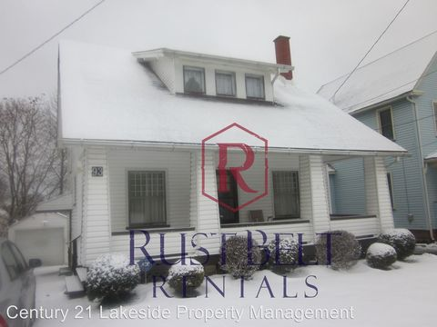 Photo of 93 S Portland Ave, Youngstown, OH 44509