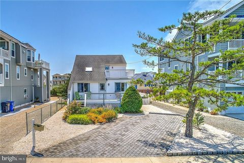 Awesome Waterfront Homes For Sale In Beach Haven Nj Realtor Com Download Free Architecture Designs Scobabritishbridgeorg