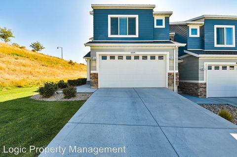 Photo of 685 W Broad Stripes Dr, Bluffdale, UT 84065