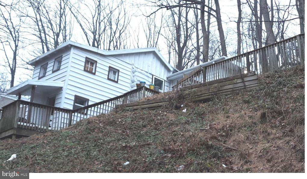 2898 Craley Rd Wrightsville, PA 17368