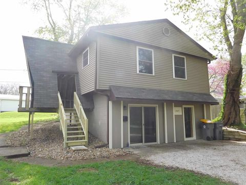 Photo of 1305 S Park Ave, Bloomington, IN 47401