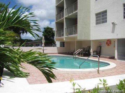 Photo of 1225 Ne 124 Unit 46 B, North Miami, FL 33161