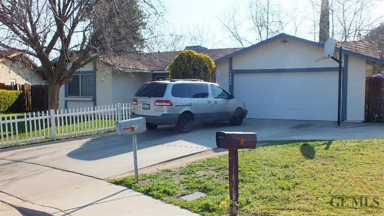 3804 Sesame St, Bakersfield, CA 93309