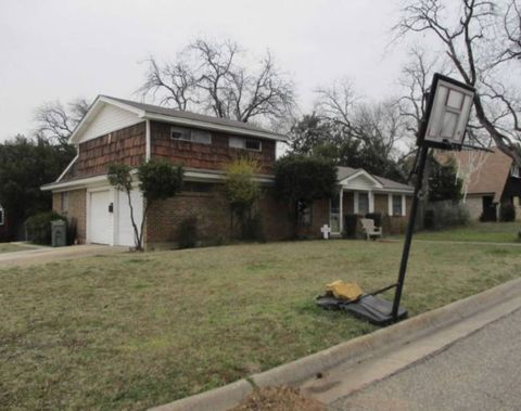 CentrePort Business Park, Fort Worth, TX Foreclosures