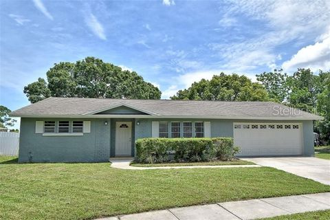 Photo of 8523 Alveron Ave, Orlando, FL 32817