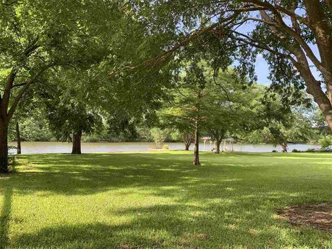 Photo of 314 Clear Creek Dr, Burnet, TX 78611