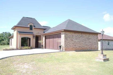 475 Meadow Dr, Bridge City, TX 77611