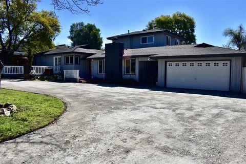 Photo of 13417 Sunny Ln, Lakeside, CA 92040