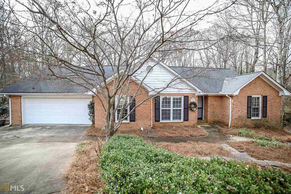 120 Woodhaven Ter, Athens, GA 30606