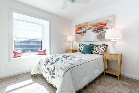 Terrific 78752 Real Estate Homes For Sale Realtor Com Download Free Architecture Designs Scobabritishbridgeorg