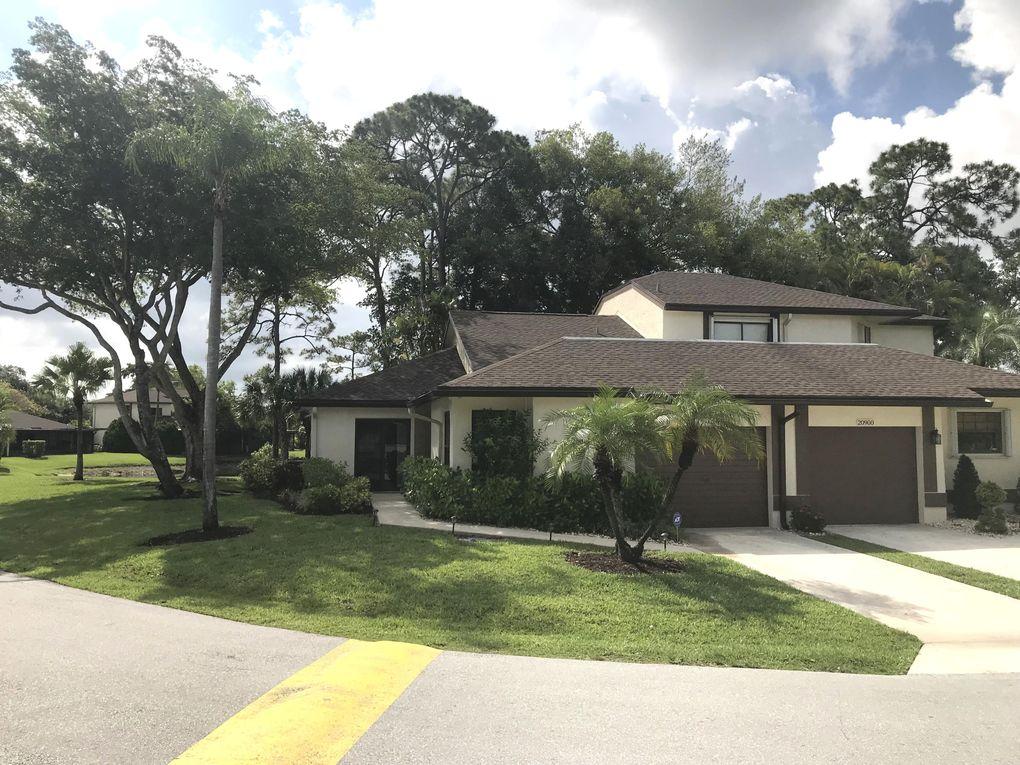 20896 Boca Ridge Dr W, Boca Raton, FL 33428