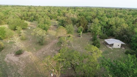 Photo of 7520 County Road 275, Buffalo, TX 75831