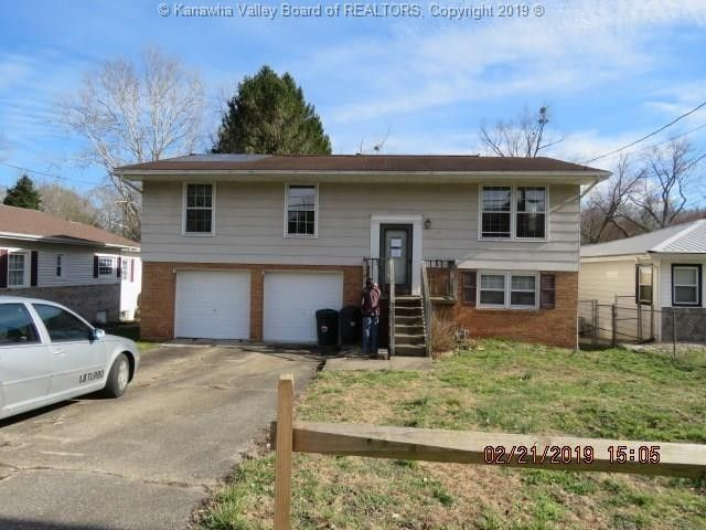187 Riverbend Blvd, Saint Albans, WV 25177