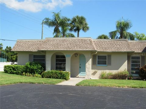 Photo of 4212 37th Avenue Drive Dr W Unit 4212, Bradenton, FL 34205