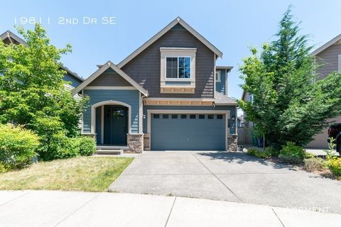 Photo of 19811 2nd Dr Se, Bothell, WA 98012