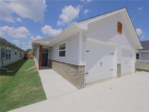 Photo of 607 E Carter St, Sherman, TX 75090