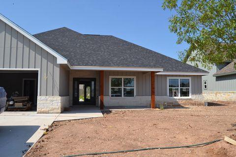 Photo of 2041 Silver Creek Ct, San Angelo, TX 76904