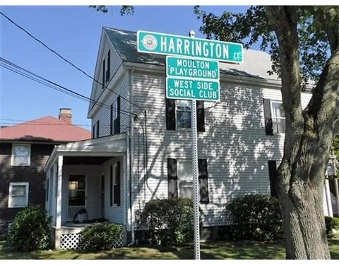 38 Gould St Unit 2, Wakefield, MA 01880