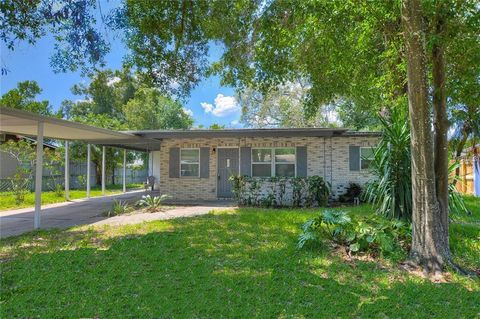 Photo of 2122 W Sewaha St, Tampa, FL 33612