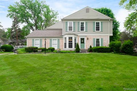 1457 Lantern Ln, Rochester Hills, MI 48306 with Open Houses