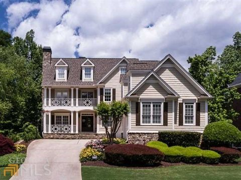 740 Autumn Close, Alpharetta, GA 30004