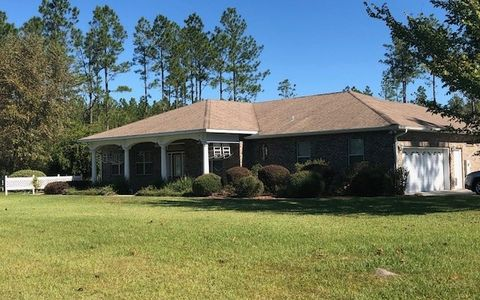 Photo of 4721 100th St, Wellborn, FL 32094