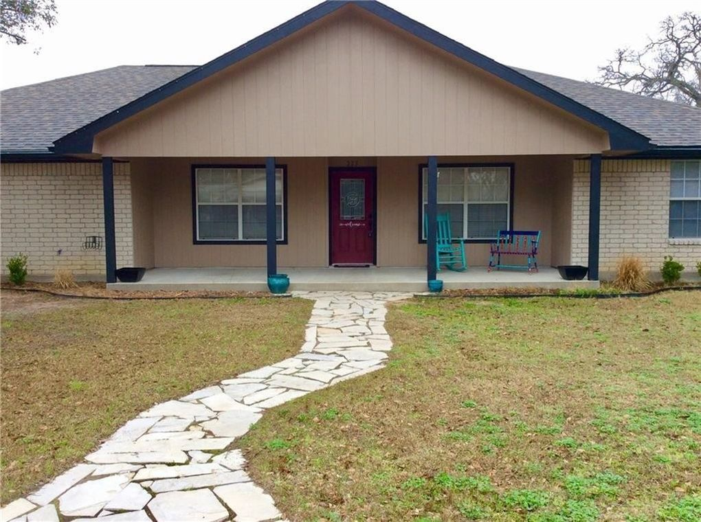 223 Joyce St Giddings Tx 78942 Realtor Com