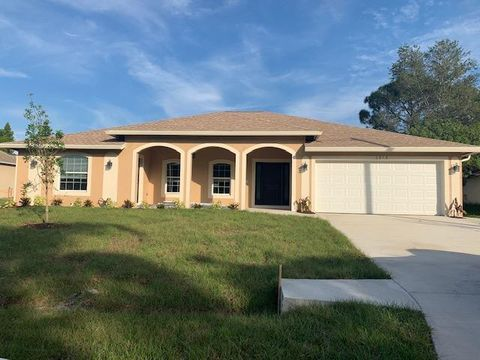 Photo of 458 Nw Archer Ave, Port Saint Lucie, FL 34983