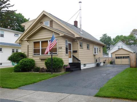 60 Florence Ave, Rochester, NY 14616