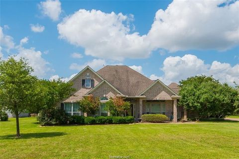 Photo of 5784 Easterling Dr, Bryan, TX 77808