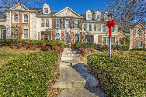Photo of 7423 Hamilton Run Dr, Chattanooga, TN 37421