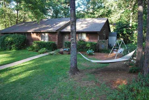 Photo of 1905 Hidden Valley Dr, Tallahassee, FL 32303