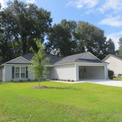 Photo of 410 Spanish Moss Ln, Adel, GA 31620