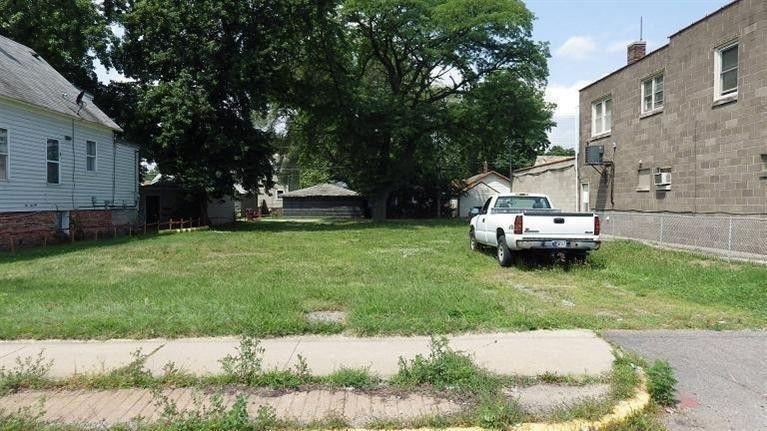 7124 Kennedy Ave Hammond, IN 46323