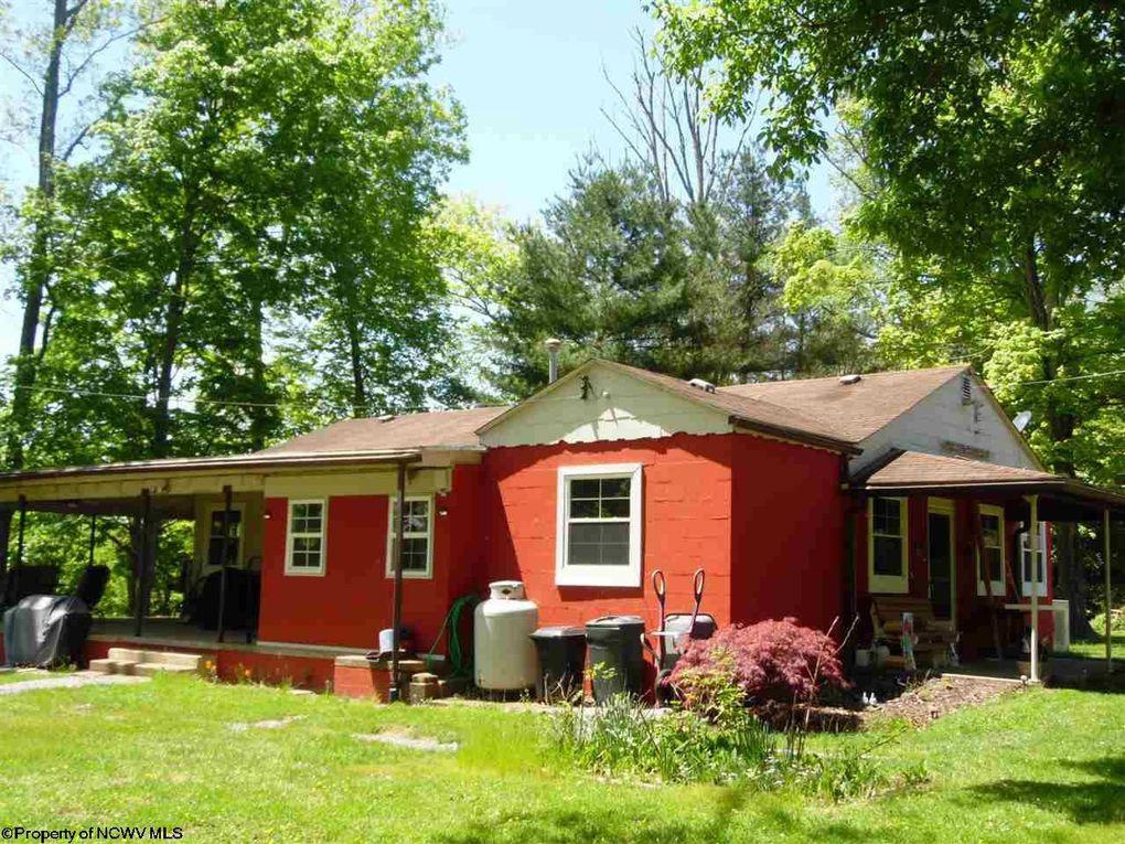 316 Greenbrier Dr Lost Creek, WV 26385