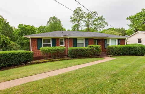 Photo of 2705 Western Hills Dr, Nashville, TN 37214