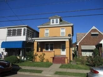 1024 Melrose Ave Ambridge, PA 15003