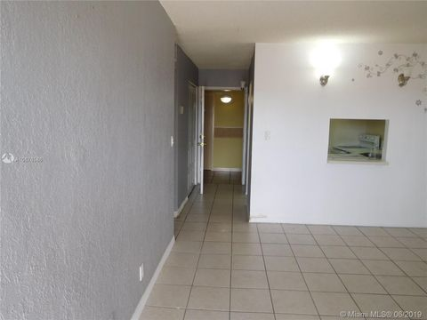 Photo of 801 Nw 47th Ave Unit 905 W, Miami, FL 33126