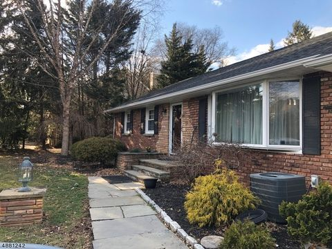 Edison nj houses for sale with swimming pool - Public swimming pools in edison nj ...