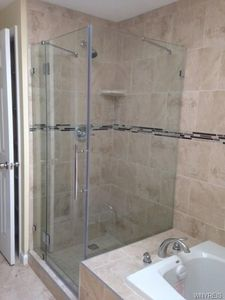 2931 E Pleasant Ave Eden Ny 14057 Bathroom