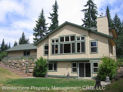 Photo of 821 Snowden Rd, White Salmon, WA 98672