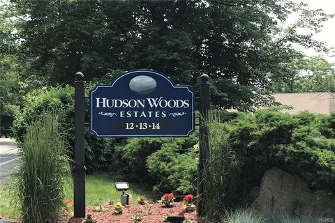 Photo of 13 Scenic Dr Apt W, Croton On Hudson, NY 10520