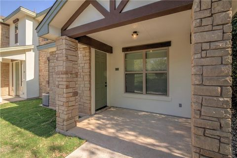Photo of 179 S Holly St Apt 101, Georgetown, TX 78626