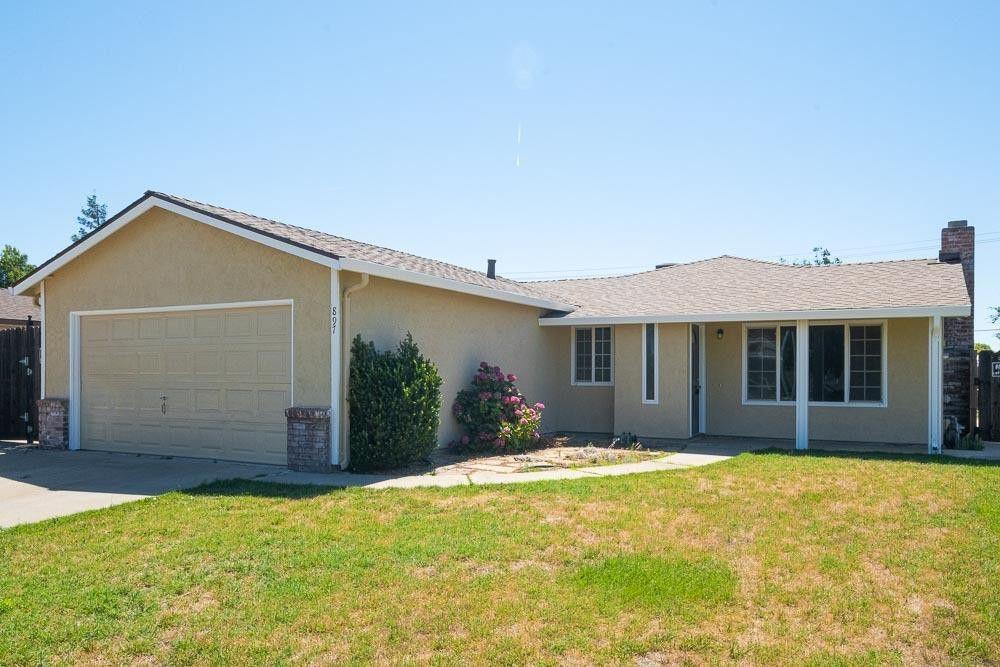 897 Parkside Ave Manteca, CA 95336