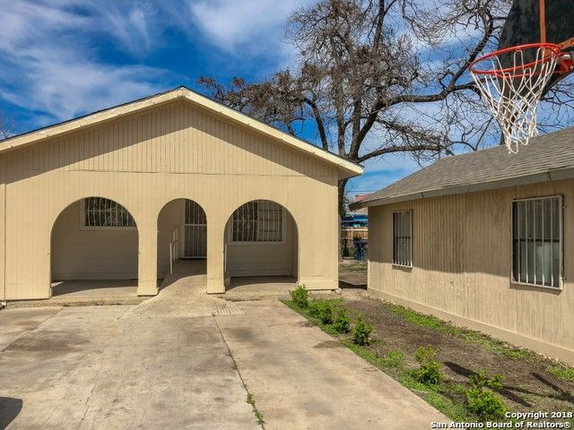 511 Wilcox Ave San Antonio, TX 78211