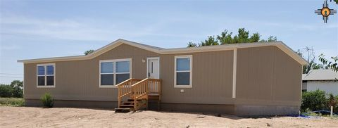Photo of 608 N First St, Carlsbad, NM 88220