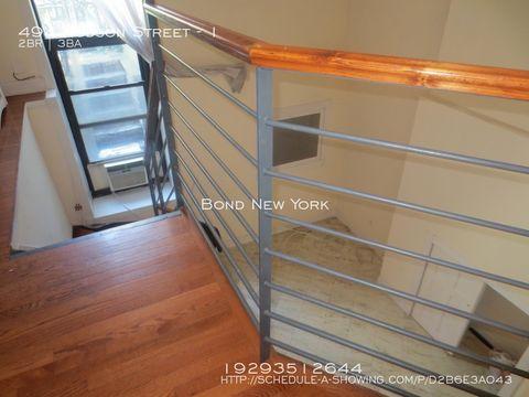 Photo of 494 Hudson St Apt 1, New York, NY 10014