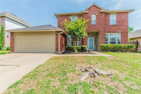Photo of 3116 Forest Creek Dr, Fort Worth, TX 76123