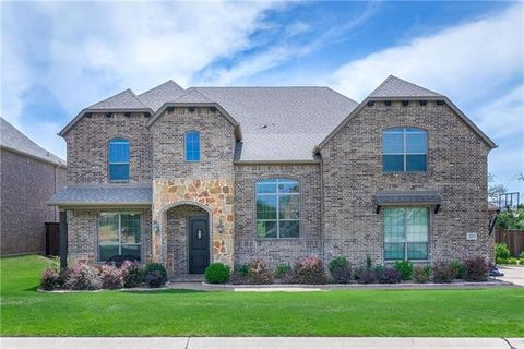 Photo of 221 Pimlico Dr, Hickory Creek, TX 75065