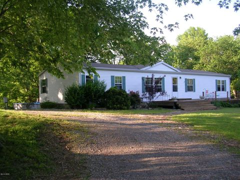 Photo of 12104 Pebble Point Rd, Marion, IL 62959
